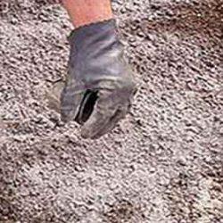خاکهای شور و قلیا