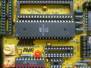 خودآموز کاربردی میکروکنترلرهای AVR