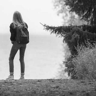 بررسی علل فرار دختران