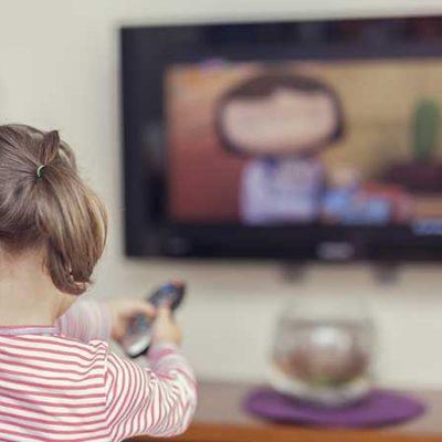 نقش رسانههای جمعی در الگوپذیری کودکان