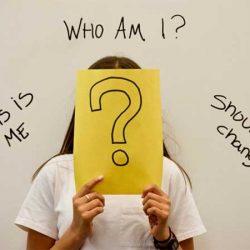 شکلگیری هویت اجتماعی