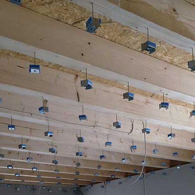 تأثیر مصالح الاستیک کف شناور در افزایش صدابندی سقف